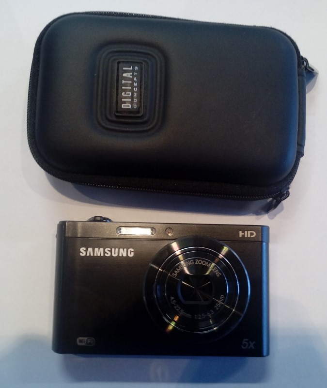 SAMSUNG DV300F 16MP DIGITAL CAMERA, BLACK
