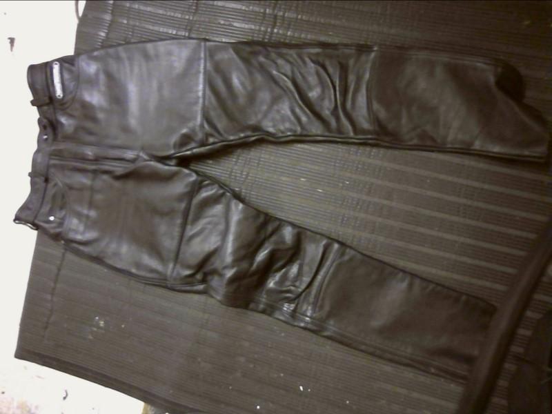 HARLEY DAVIDSON  BLACK LEATHER PANTS, LADIES XSMALL