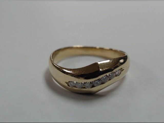 Gent's Gold-Diamond Wedding Band 7 Diamonds .70 Carat T.W. 14K Yellow Gold 3.4g