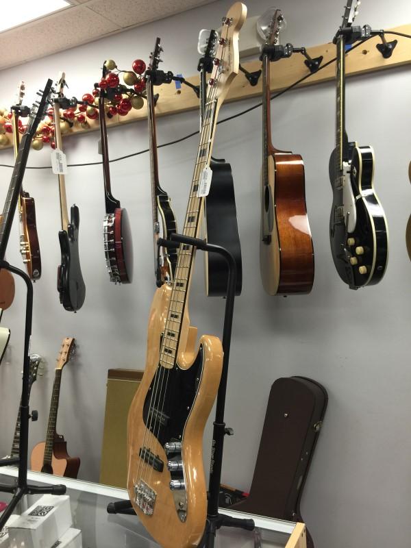 FENDER Bass Guitar VINTAGE MODIFIED JAGUAR BASS SS