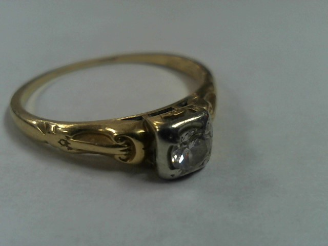 Lady's Diamond Solitaire Ring .15 CT. 18K Yellow Gold 1.5g