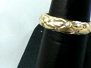 Lady's Diamond Wedding Band 10 Diamonds .20 Carat T.W. 10K Yellow Gold 1.9dwt