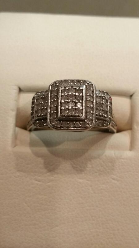 Lady's Silver Ring 925 Silver 2.6dwt Size:6.8