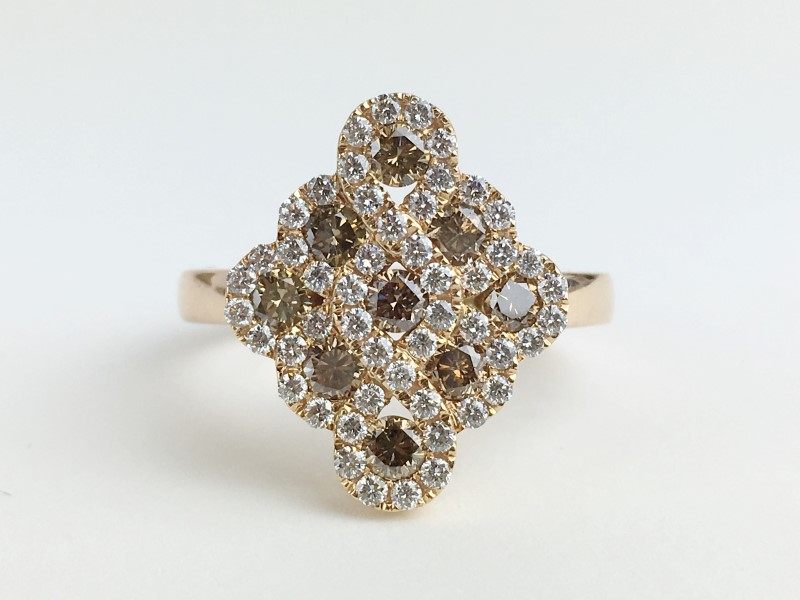 Champagne Dia w 81 Diamonds 1.17 Carat T.W. 18K Rose Gold 7.4g