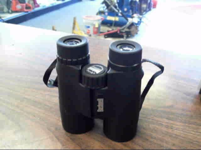 BUSHNELL Binocular/Scope SPORTSMAN 10X42