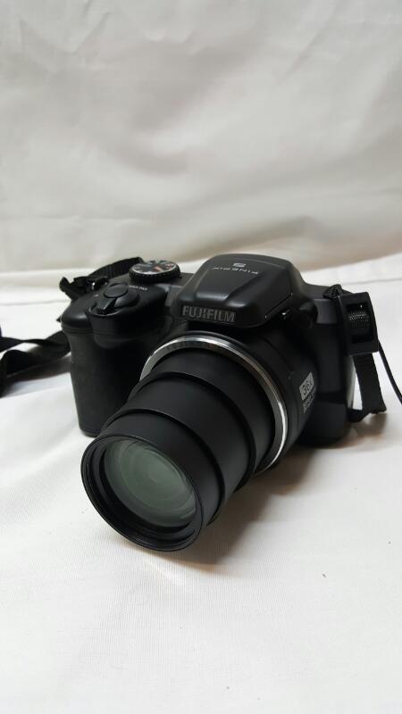 FUJIFILM Digital Camera FINEPIX S8630