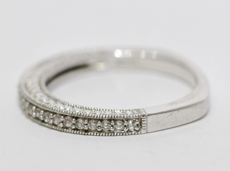 Sterling Silver Squared Off Side Detail Cubic Zirconia Wedding Band 6.75