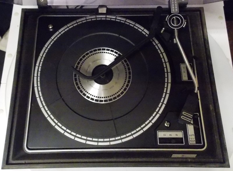 SEARS ELECTRONICS RECORD PLAYER