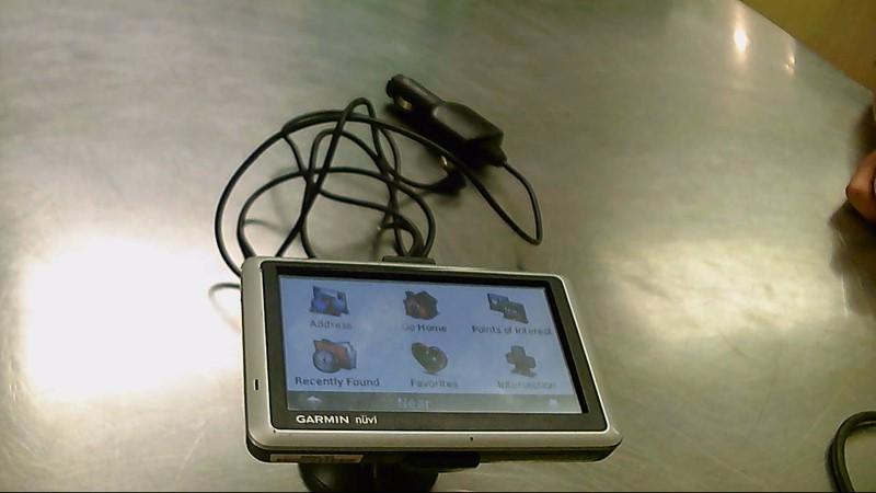 GARMIN GPS NUVI 1300,CORD,MOUNT