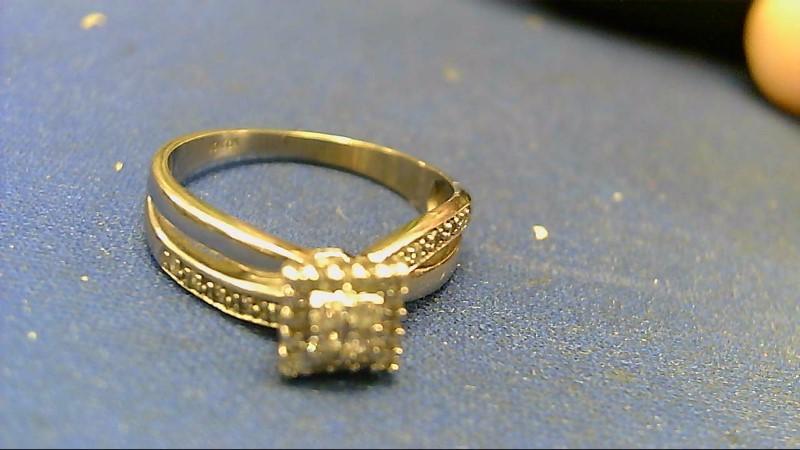 Lady's Diamond Cluster Ring 30 Diamonds .82 Carat T.W. 10K White Gold 2.9g