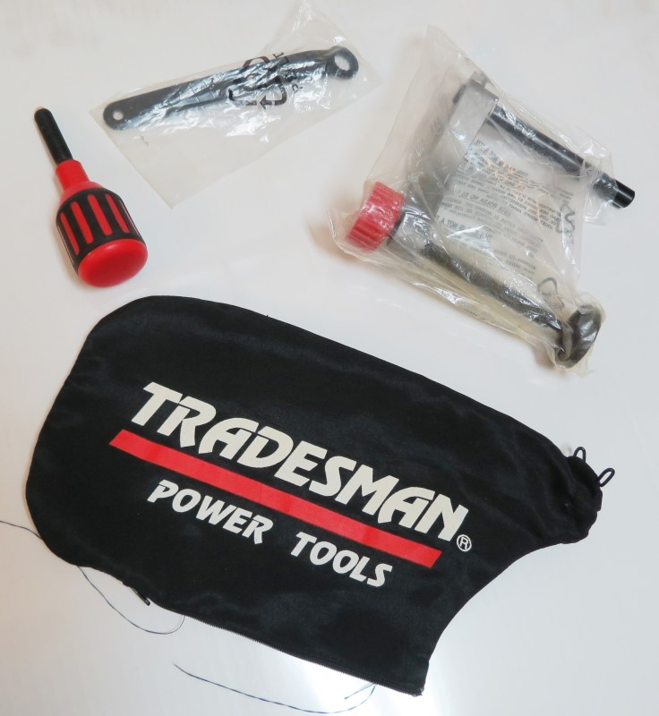 ACCESSORIES FOR TRADESMAN 8400 PALM SANDER - 4 pieces