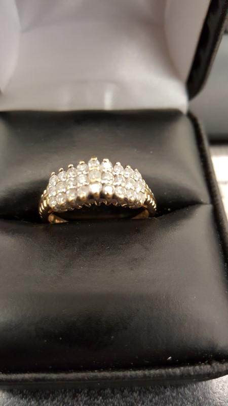 Lady's Diamond Cluster Ring 27 Diamonds .81 Carat T.W. 14K Yellow Gold 3.4g