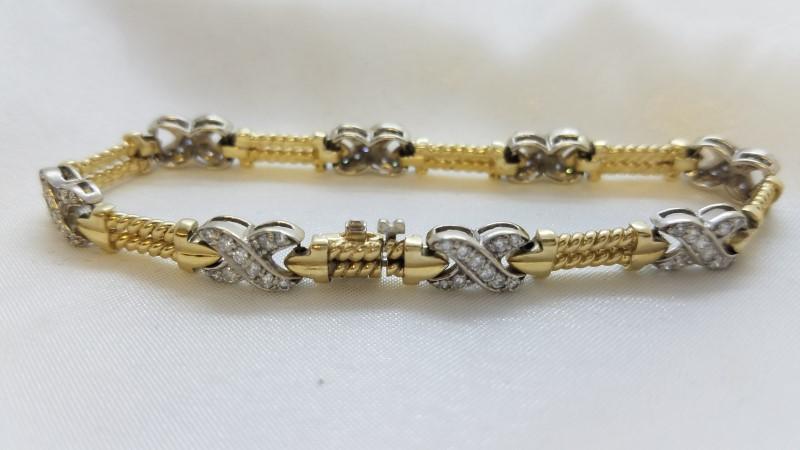 Gold-Diamond Bracelet 80 Diamonds 2.40 Carat T.W. 14K Yellow Gold 20g