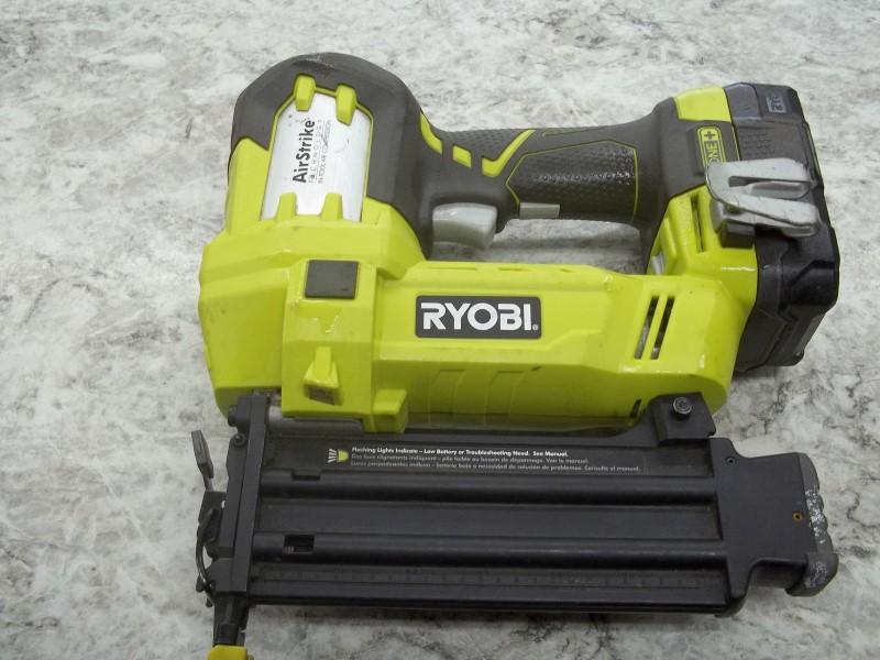 RYOBI P320 NAILER
