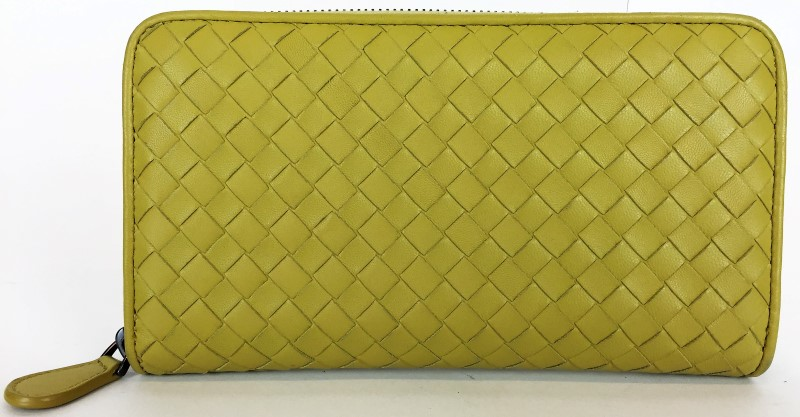 BOTTEGA VENETA INTRECCIATO ZIP-AROUND WALLET