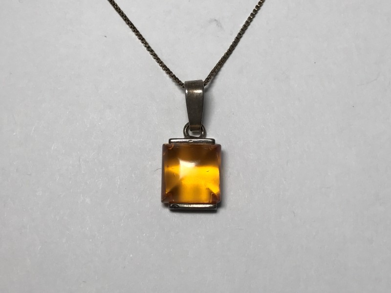 Synthetic Amber Silver-Stone Pendant 925 Silver 2.3g