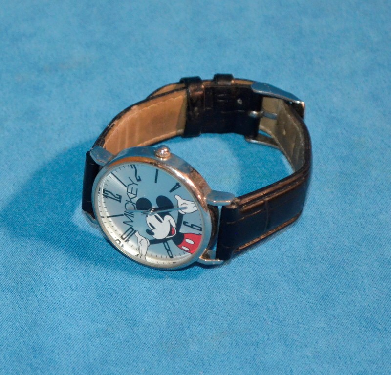 DISNEY Mickey Mouse Wristwatch MCK493