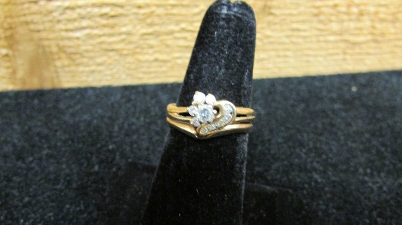 Lady's Diamond Wedding Set 10 Diamonds .57 Carat T.W. 10K Yellow Gold 4.3g