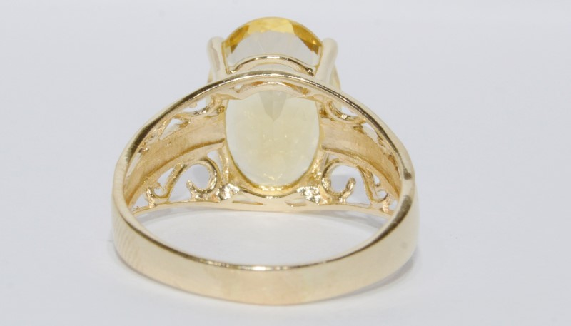 10K Yellow Gold Large Oval Citrine Filigree Detail Ring Size 8.5