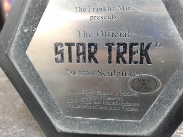 STAR TREK Miscellaneous Toy ACTION FIGURE