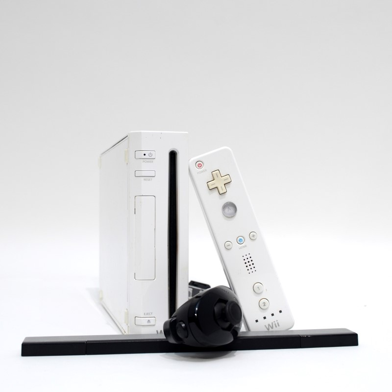 Nintendo Wii RVL-001 Console White Wii Video Game System Bundle>