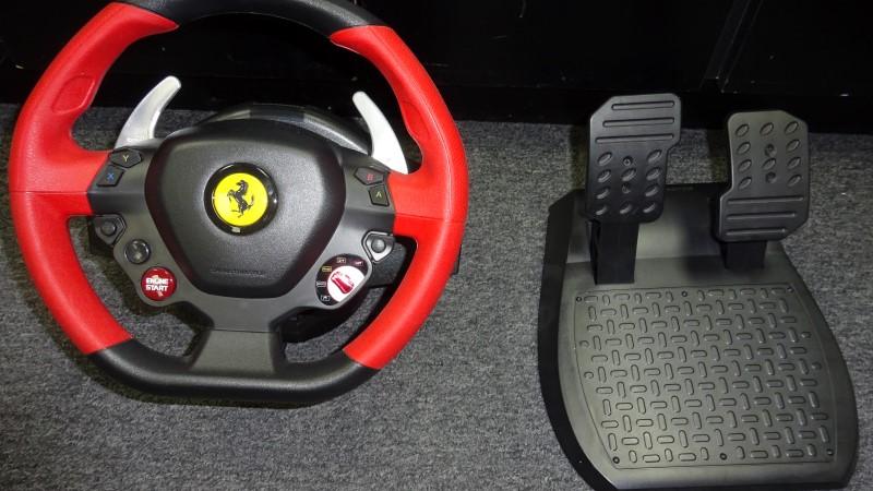 THRUSTMASTER Video Game Accessory FERRARI 458 SPIDER RACING WHEEL