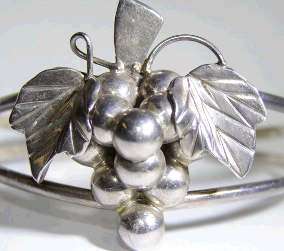 Sterling Silver Grape & Leaf Vine Cluster Cuff Bracelet MEXICO Fall