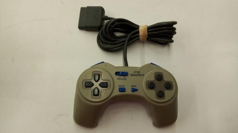 PS GAMEPAD 8 P-100 PERFORMANCE PLAYSTATION 1