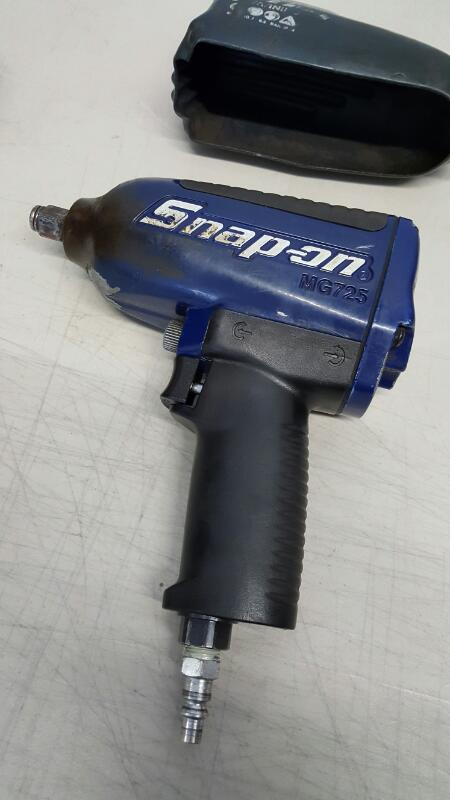"Snap-on MG725, 1/2"" Drive Impact Wrench - Purple w/Cover"