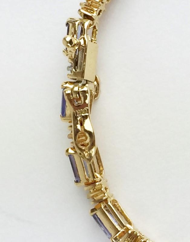 Tanzanite & Diamond Bracelet 22 Diamonds .66 Carat T.W.