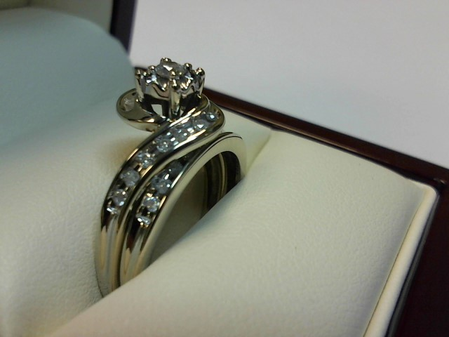 Lady's Diamond Wedding Set 26 Diamonds .32 Carat T.W. 14K White Gold 3.3dwt