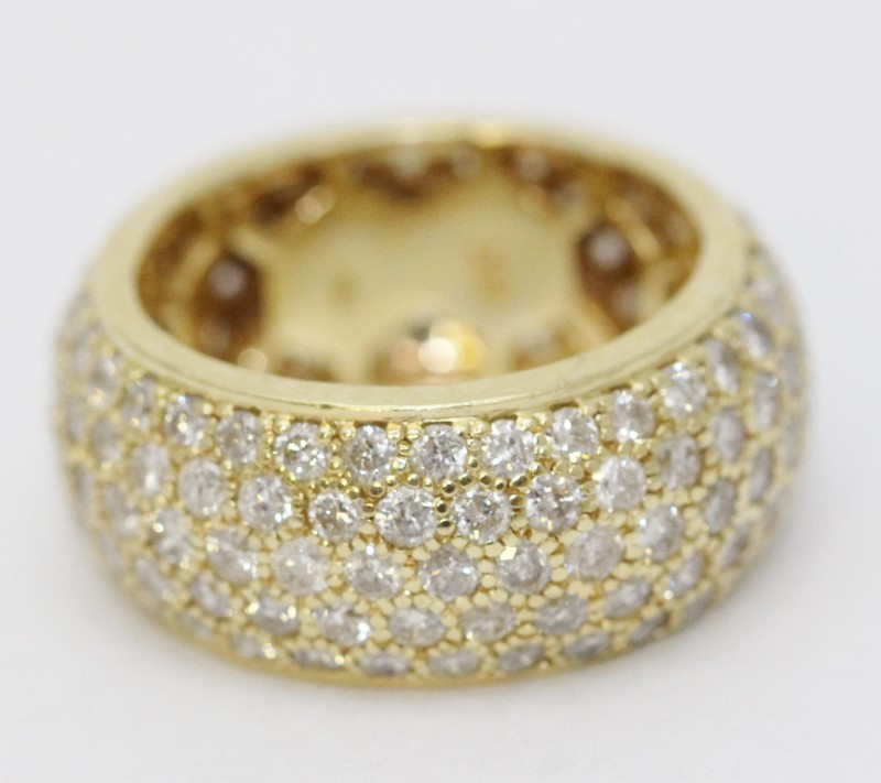 14K Yellow Gold Round Brilliant Pave Set Diamond Encrusted Ring Band sz 7.5
