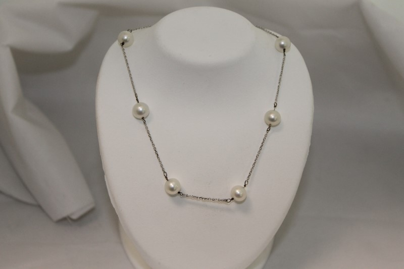 Freshwater Pearl White Gold 10K Necklace