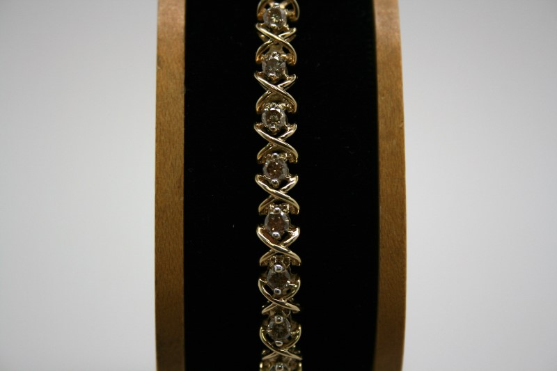 DIAMOND TENNIS BRACELET 10K YELLOW GOLD