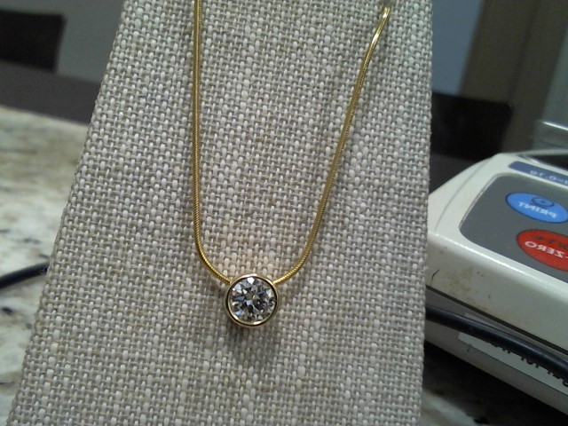 Diamond Necklace .85 CT. 14K Yellow Gold 5.8g