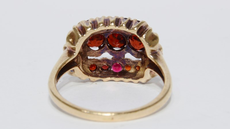 10K Yellow Gold Vintage Inspired Garnet Cluster Ring Size 7.75