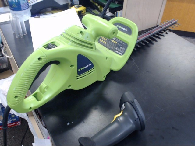 GREENWORKS Hedge Trimmer 22102