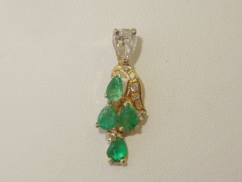 Emerald Gold-Diamond & Stone Pendant 8 Diamonds .39 Carat T.W. 14K Yellow Gold