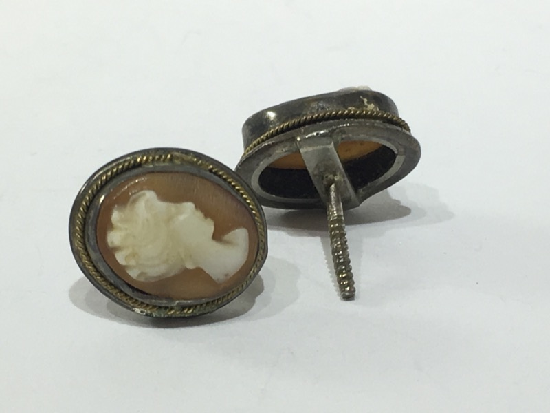 Antique Carnelian Shell Cameo Stud Screw-Back Earrings w/ Rope Detailing