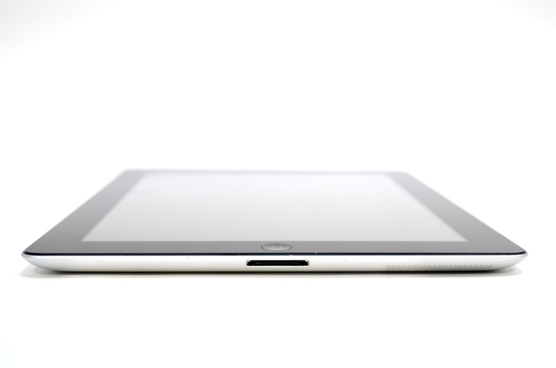 "APPLE IPAD FD366LL/A A1430 3rd Gen 9.7"" 16GB Wi-Fi+ AT&T Black Tablet"