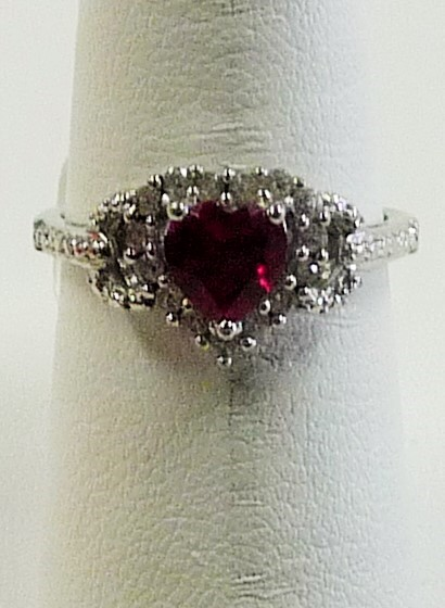 Red Stone Lady's Silver & Stone Ring 925 Silver 1.41dwt
