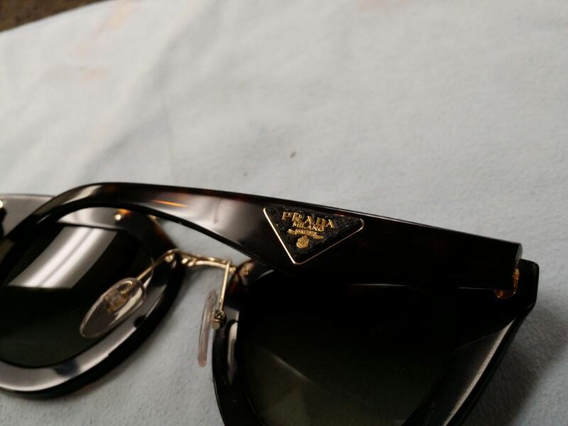 PRADA Sunglasses SPR14S