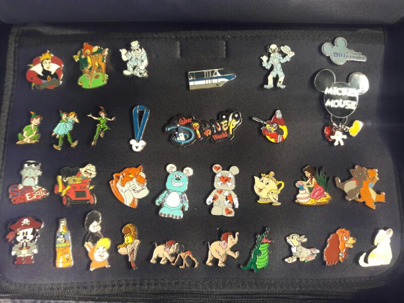 HUGE COLLECTION OF DISNEY TRADING PINS! 200+ PINS!