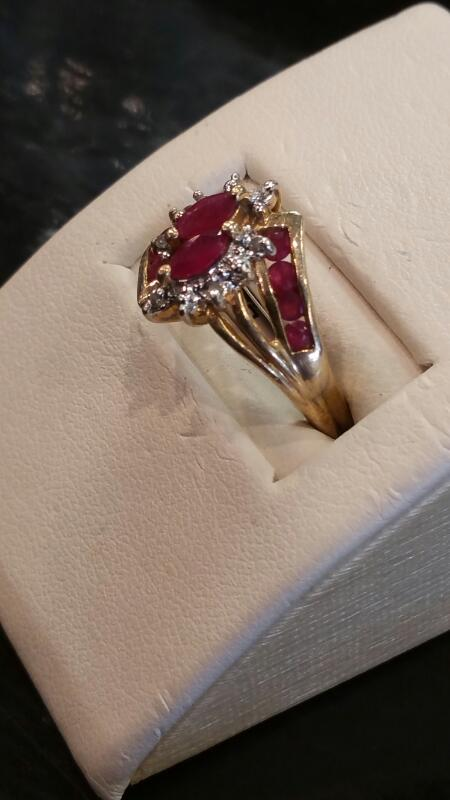 Pink Stone Lady's Stone Ring 10K Yellow Gold 1.8dwt
