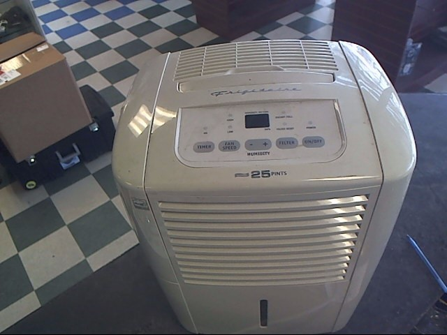 FRIGIDAIRE Air Purifier & Humidifier FDD25S1