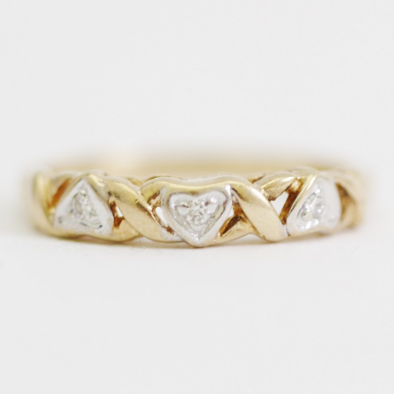 10K Y/G Intertwined Triple Heart Cut Diamond Band Size 5