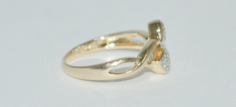 14K Yellow Gold Unique Twisted Shank Pave Diamond Double Heart Ring 6.5