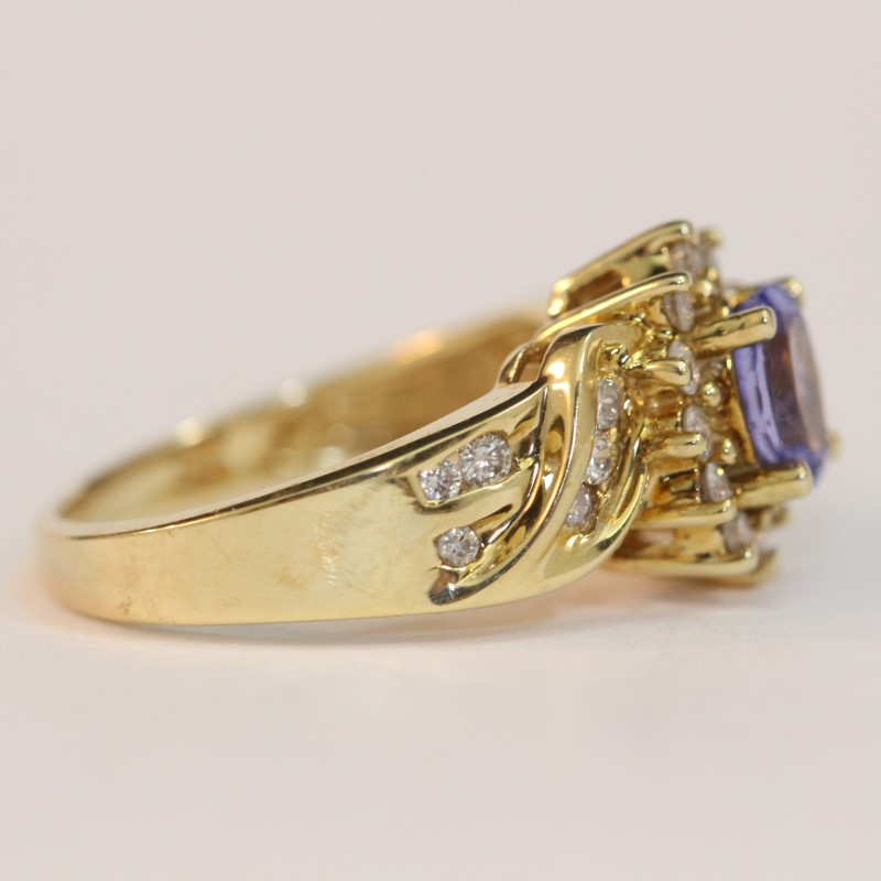 14K Yellow Gold Tanzanite and Diamond Ring Size 7