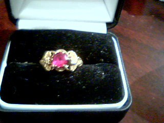 Lady's Gold Ring 10K Yellow Gold 3.1g Size:8.5