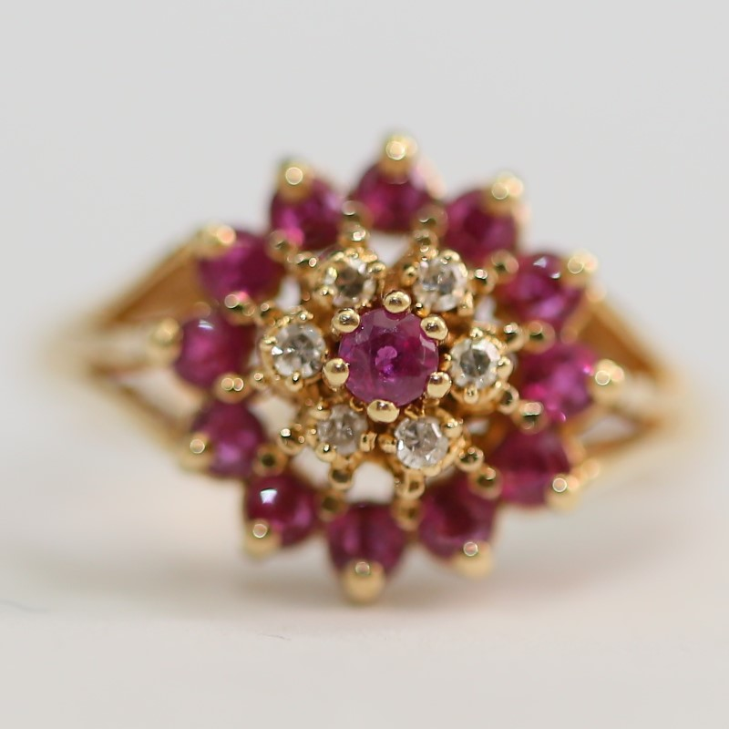 10K Yellow Gold Round Cut Pink Tourmaline and Diamond Ring Size 6.25